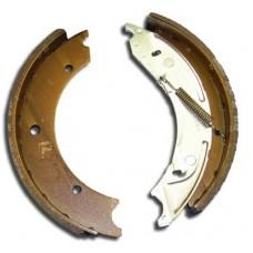 Knott-Avonride 250x40 Auto reverse brake shoes  (per axle set)